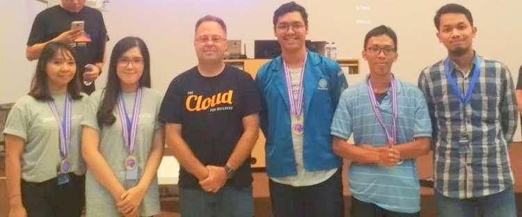 UBSI Raih Sukses di AWS Game Day Cloud Computing Bootcamp